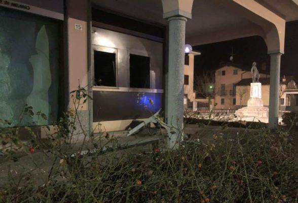 La banda dei bancomat colpisce a Caltignaga