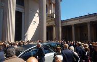 In Duomo il commosso addio a Simona