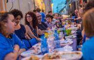 """""""Borgo in blu"""", ancora posti disponibili per la cena di comunità"""