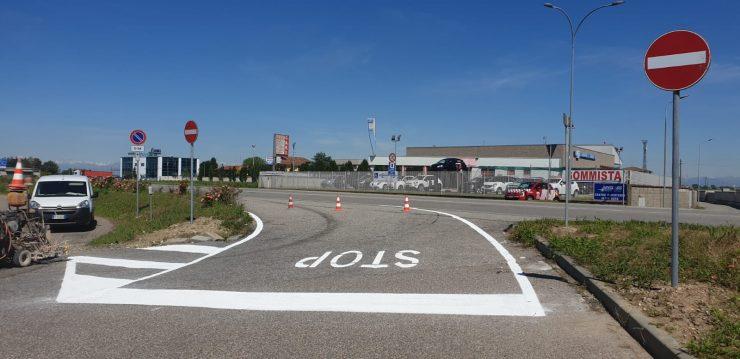 Trecate lavori di rifacimento della segnaletica stradale