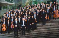 L'orchestra cinese Ningbo suona al Broletto di Novara