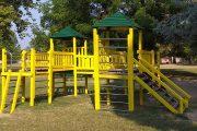 Trecate, restyling ai giochi di Parco Cicogna