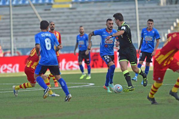 Novara batte Albinoleffe 1-0, decide il 17enne Tommaso Barbieri