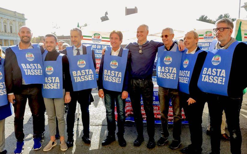 No Tax Day: da Novara il via alla battaglia di Forza Italia
