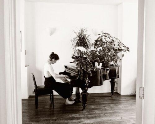 La pianista Kaja Draksler