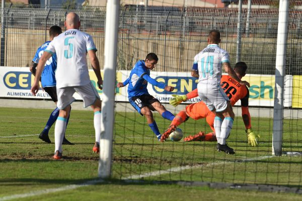 Olbia Novara 1-2 Peralta Parigi Bianchi Lega Pro serie C girone A