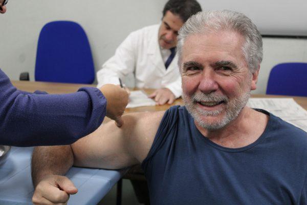 Sanità, Campania: vaccino antinfluenzale gratuito dai 65 anni