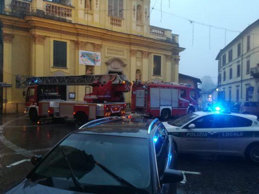 crollo Castelletto Ticino Chiesa campanile Sant.Antonio Vigili del Fuoco