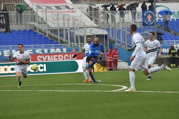 Novara-Pianese 1-1. Segna Gonzalez, ma gli azzurri si fanno riprendere allo scadere