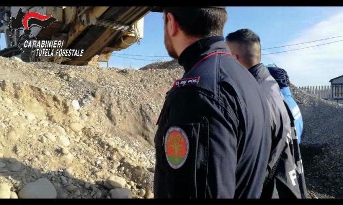 Due novaresi denunciati ed una discarica sequestrata a Marano Ticino con 100.000 mc di materiale terroso