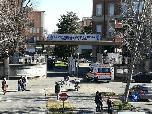 Bollino Rosa all'Ospedale Maggiore: per le donne, visite gratuite in Oncologia