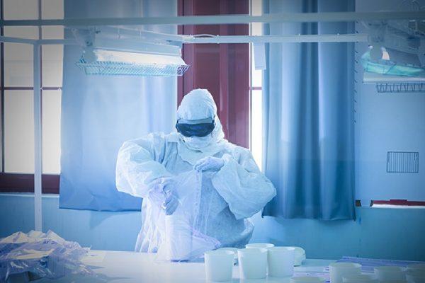 produzione mascherine Coronavirus Coccato&Mezzetti Galliate Miroglio Alba cotone mater-bi