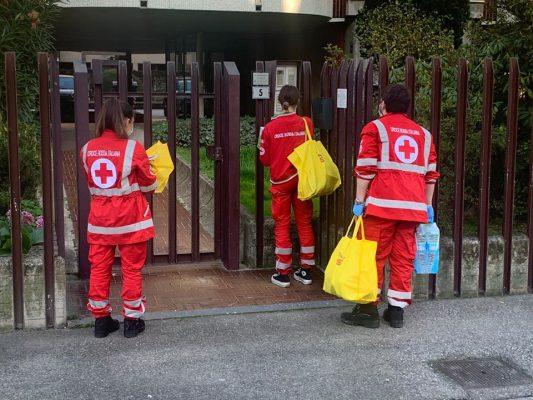 isolamento quarantena coronavirus Novara servizio consegna spesa Comune Croce Rossa Servizi Sociali