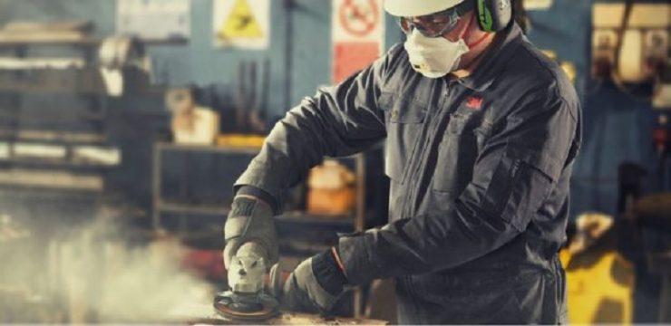Paura e proteste nelle fabbriche. Alla Zucchetti operai fermi fino a martedì, chiedono più sicurezza