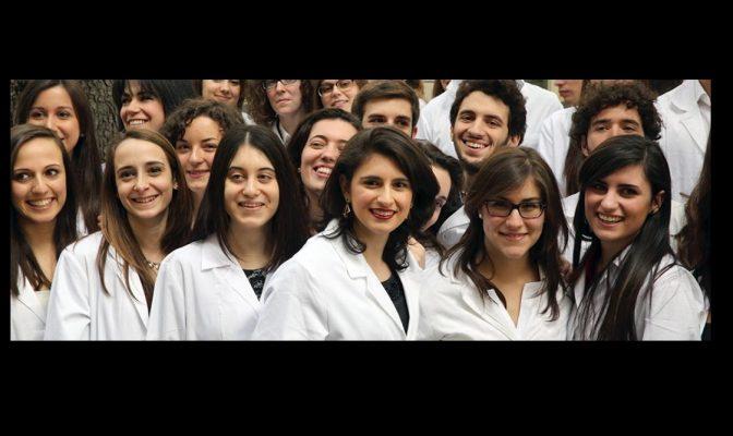 Sanitari e medici in trincea: 820 neo laureati all'UPO di Novara potenzialmente arruolabili contro il Coronavirus