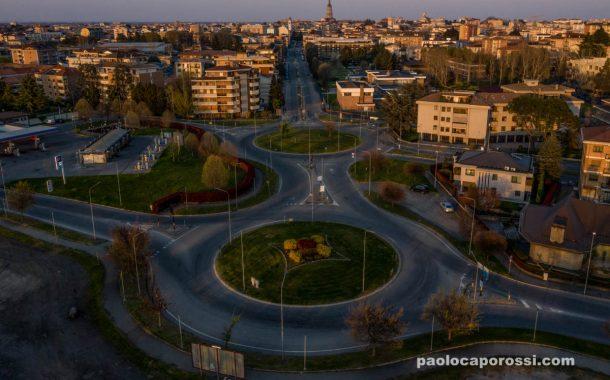Coronavirus e Novara: la città deserta che dilata gli spazi ed i silenzi