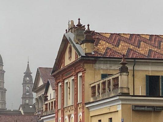 fulmine tetto Conservatorio Cantelli Novara largo Bellini
