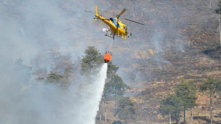 Diversi gli interventi antincendio boschivo dei volontari e degli elicotteri