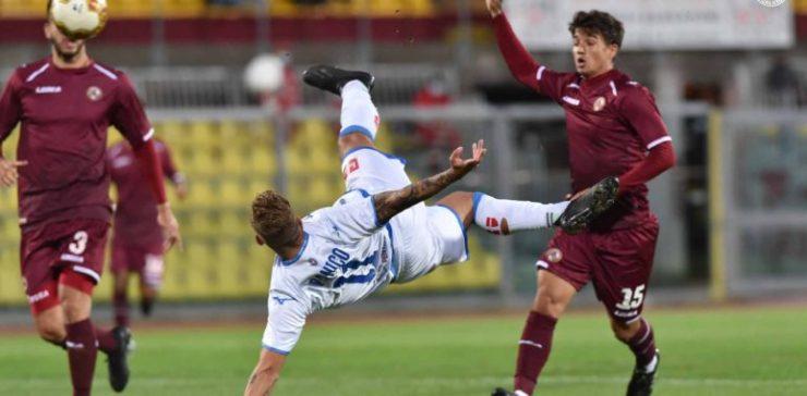 Il Novara vince a Livorno 2-3 una partita pazza e vede la vetta, ma per mister Banchieri siamo ai titoli di coda