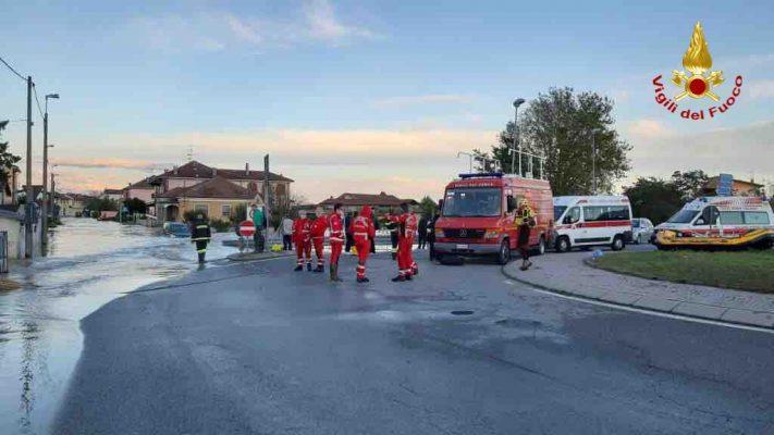 Vigili del Fuoco comando Novara distaccamento Arona Borgomanero Romagnano Sesia interventi maltempo alluvione