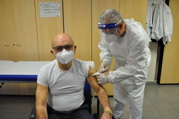 calendario vaccinazioni covid Ospedale Maggiore Novara