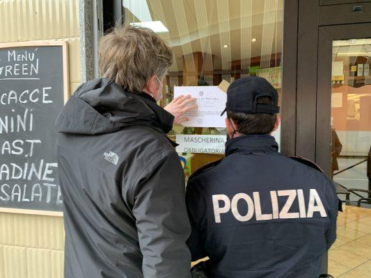Norme anti covid più volte violate: chiuso per sette giorni il Green Bar in c.so Risorgimento