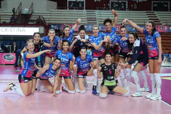 Novara vince il 1° round. Al Pala Igor 3-1 delle azzurre contro una tosta Perugia