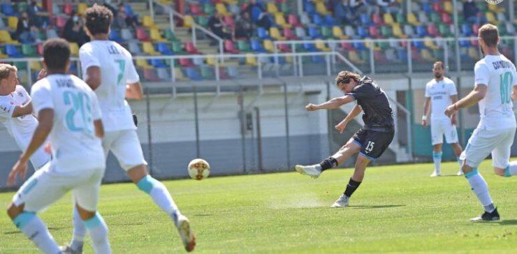 Novara sempre avanti, in una girandola di emozioni ed il 3-3 finale ad Olbia che potrebbe negare i play-off