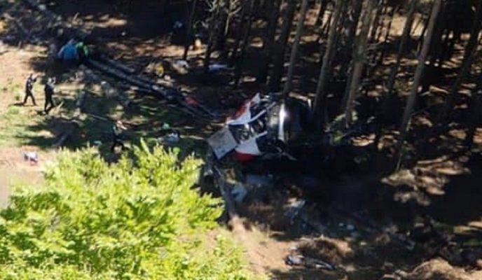Funivia Stresa-Mottarone. Cade una cabina, il bilancio è tragico: 9 morti, 2 bimbi gravi