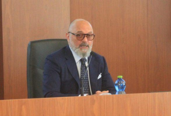 Pavanati come De Salvo, sceglie lo scontro aperto con la FIGC